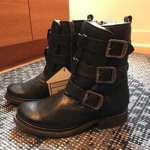 1b6549a7e33a5 Frye Shoes | Valerie Shearling Strappy Black Boot 7m | Poshmark